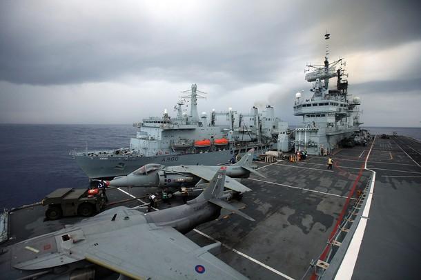 Aircraft Carriers (HMS Ark Royal & HMS Illustrious) - Page 2 610x22