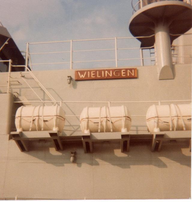 Mon pére à bord du F910 en 1977 - Page 3 Img04610