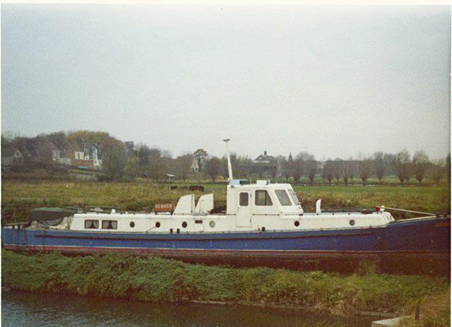ESPADON (ex vedette fluvial DENDER) Scan0010