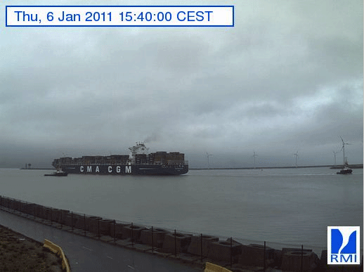 Photos en direct du port de Zeebrugge (webcam) - Page 33 Zeebru10