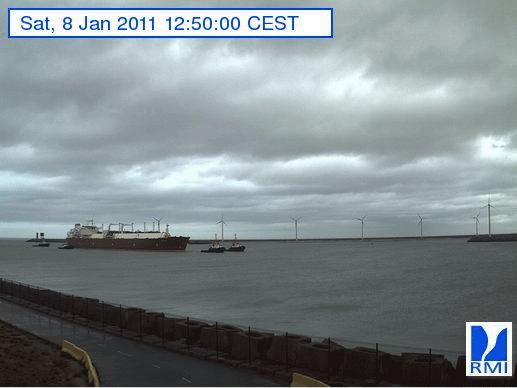 Photos en direct du port de Zeebrugge (webcam) - Page 33 Zeebru11