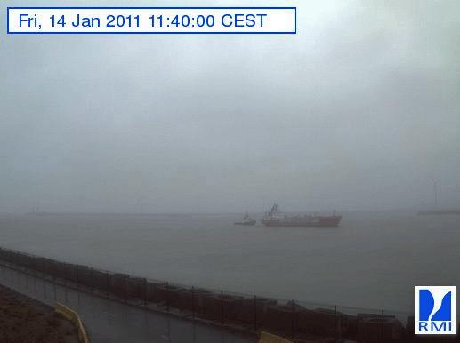 Photos en direct du port de Zeebrugge (webcam) - Page 33 Zeebru12