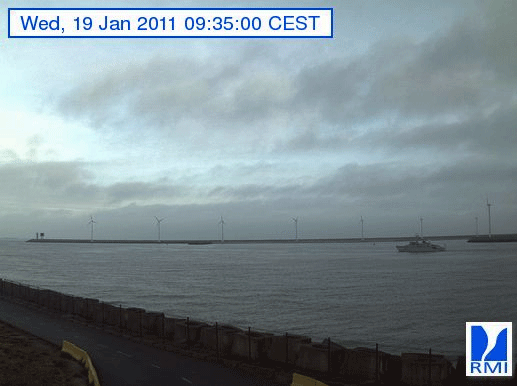 Photos en direct du port de Zeebrugge (webcam) - Page 33 Zeebru13