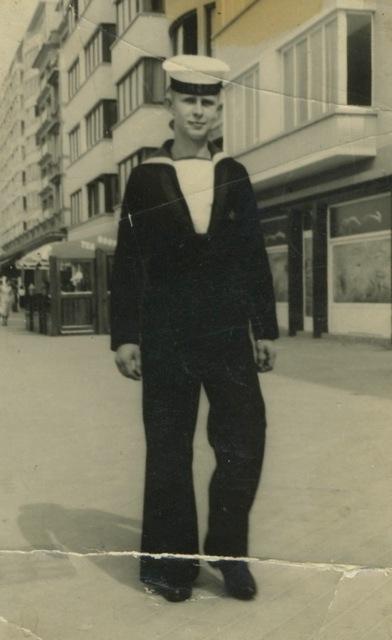 Sint-Kruis dans les années 50...   Zm_car12