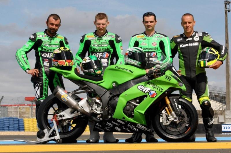 Kawasaki champion de France Superbike et Supersport 2012 42457710