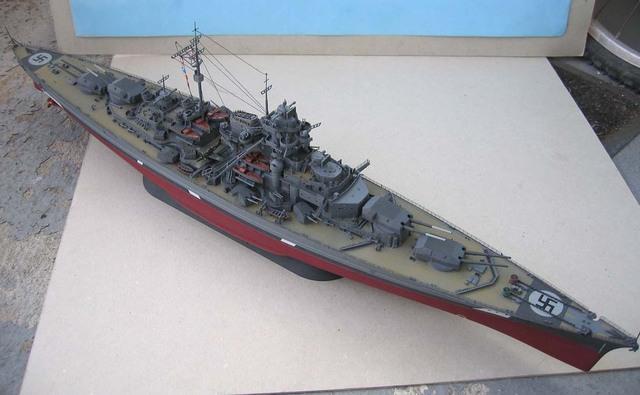 Le Bismarck en maquettes. Bismar10