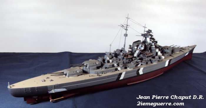 Le Bismarck en maquettes. Bismar12