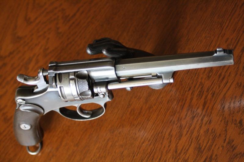 Dupliquer la cartouche modele 1886 pour les revolvers 1882 et 1882/29 suisses Img_0010
