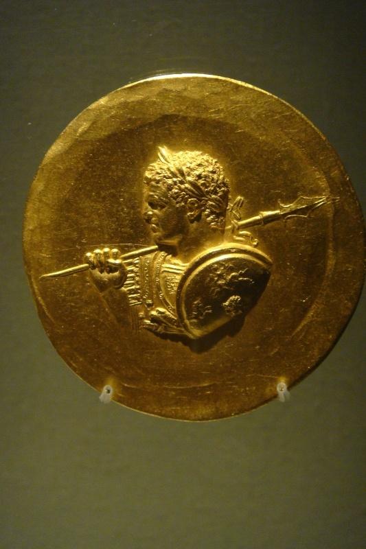 Médaillon d'or de Caracalla Hh_bmp10