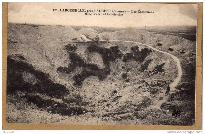 """Vestiges de la """"guerre des mines"""" (Première Guerre Mondiale) visibles dans Google Earth - Page 2 349_0010"""