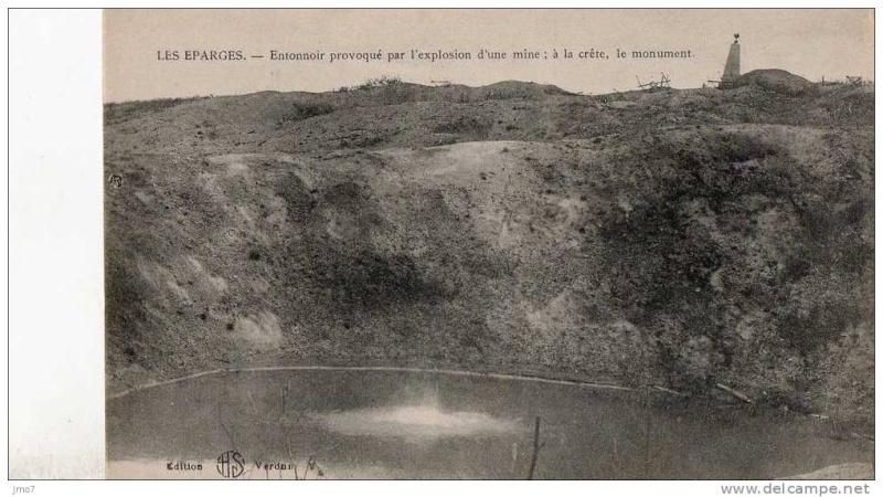 """Vestiges de la """"guerre des mines"""" (Première Guerre Mondiale) visibles dans Google Earth 660_0010"""