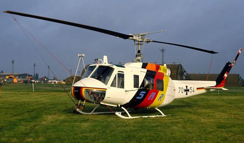Bell UH-1D Sar_210