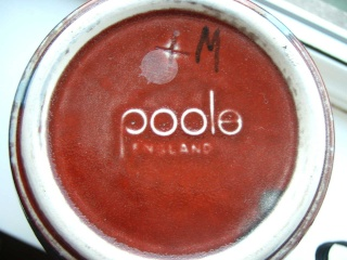 Poole Pottery 1980 to present day Pooo210