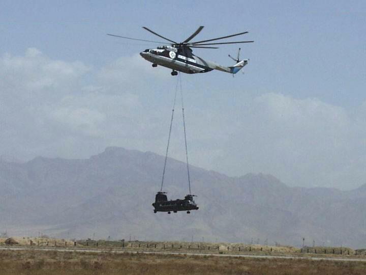 Hélicoptères de Transport Tactique/lourd - Page 3 Mi-26_10