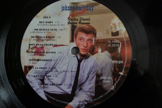 "25 cm ""Johnny chante Sacha Distel - Georges Brassens "" de chez JBM P1600018"