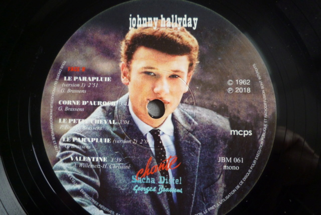 "25 cm ""Johnny chante Sacha Distel - Georges Brassens "" de chez JBM P1600019"