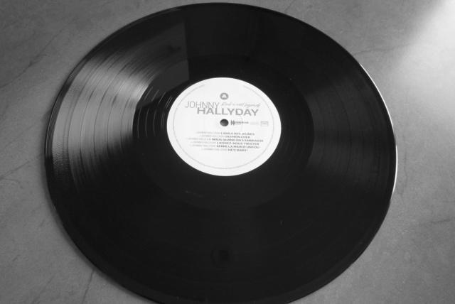 """double 33 tours """"Rock'n'roll legends"""" édité par WAGRAM P1610324"""