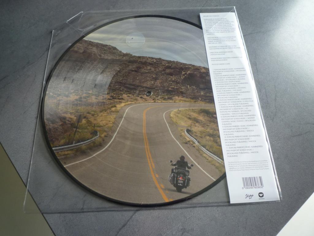 """picture disc , 33 tours """"mon pays c'est l'amour"""" édité par Warner Music P1610948"""