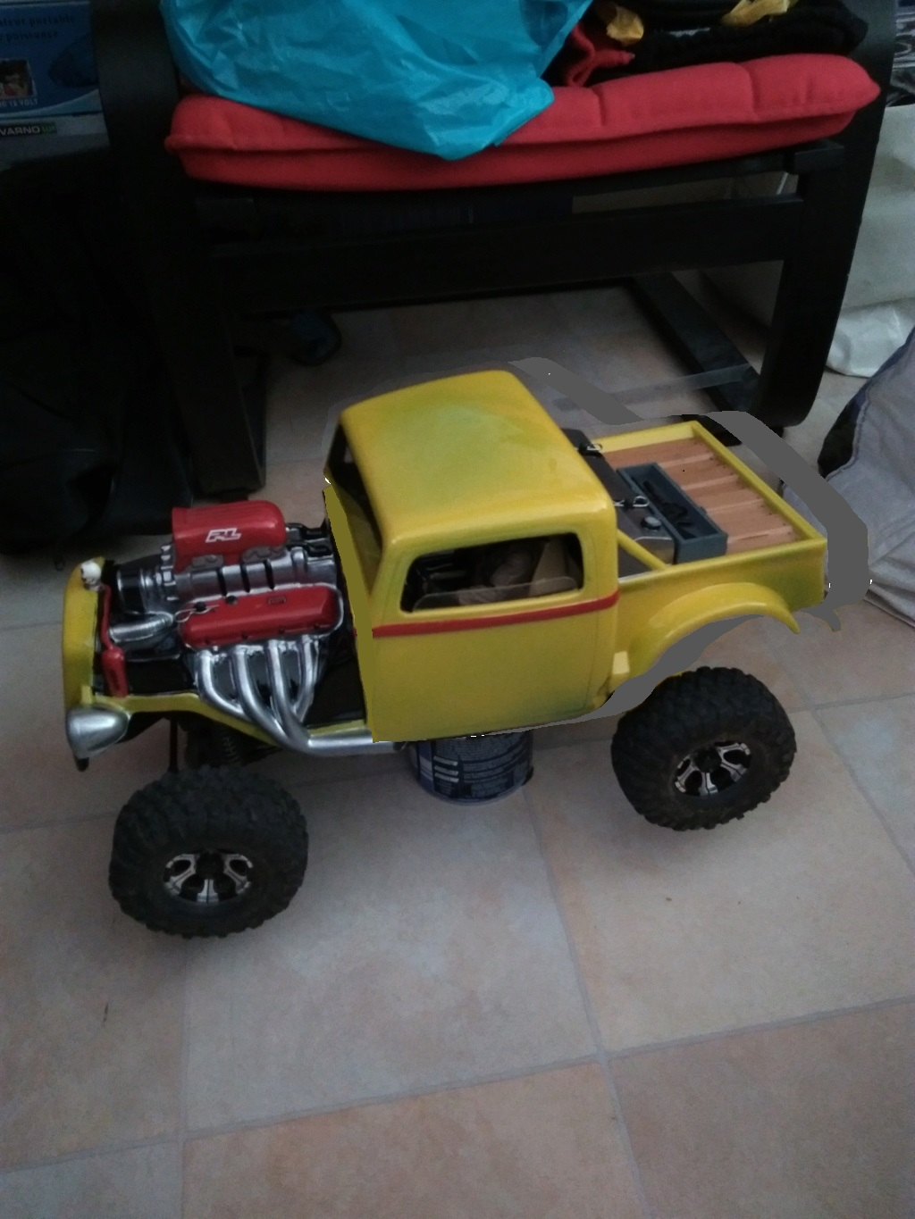 Carrosserie Hot Rod sur Chassis TRX-4 by Ruru - Page 2 Propal11