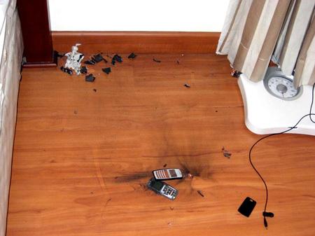 خطير جداً يرجى الحذر من الجوالات واللابتوبات Explod10