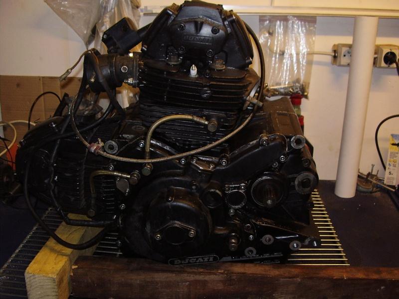 Reconstruction de ma 900ss-->transfo en Dirt Fighter P 15 ! - Page 3 P9050021