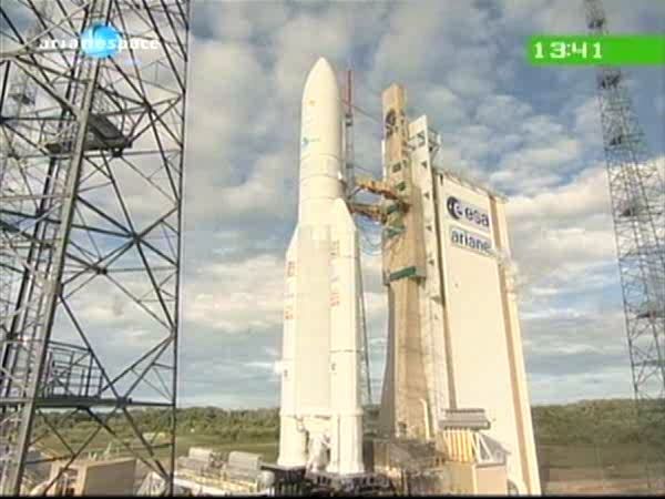 Ariane 5 ECA V196 / RASCOM-QAF 1R + Nilesat 201 (4 août 2010) - Page 3 Vlcsna10