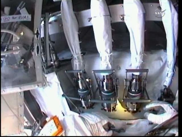 [ISS] Panne + réparation d'un des systèmes de refroidissement  - Page 5 Vlcsna29