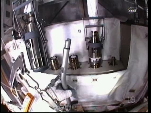 [ISS] Panne + réparation d'un des systèmes de refroidissement  - Page 5 Vlcsna34