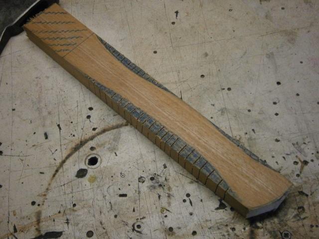 [fabrication] manche de marteaux et de hache ...  - Page 2 P7050112