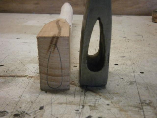 [fabrication] manche de marteaux et de hache ...  - Page 2 P7050115