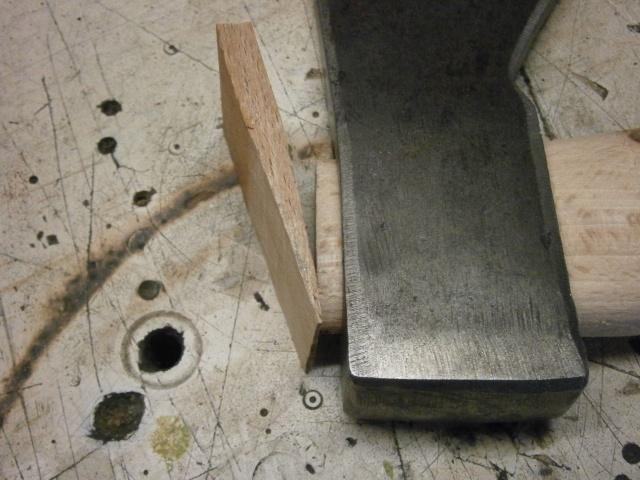 [fabrication] manche de marteaux et de hache ...  - Page 2 P7050119
