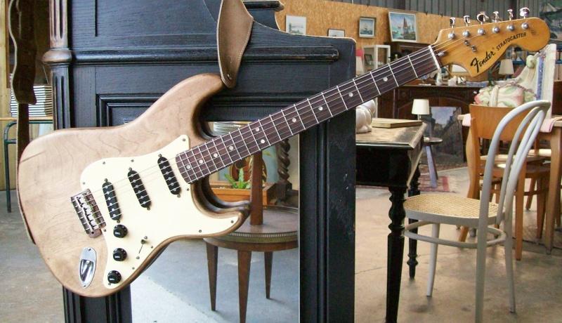 Photos de vos guitares. - Page 3 102_0028