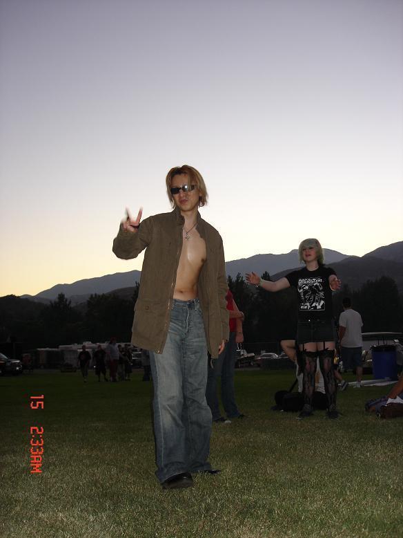 Photos de Yoshiki - Page 2 Dbabe710