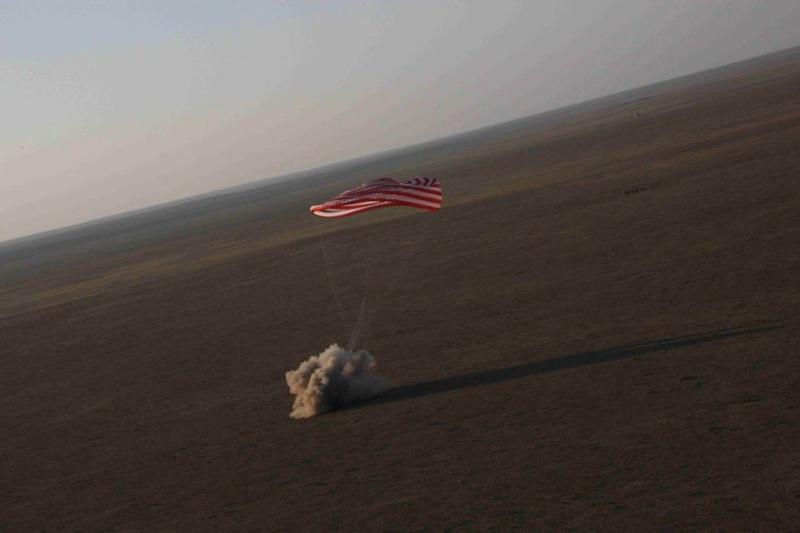 [Shenzhou 7] retour sur Terre - Page 6 4mv0ap10