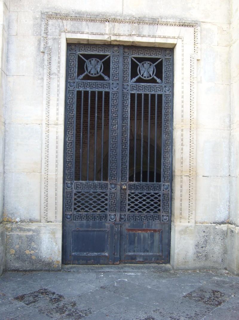 dreux - La Chapelle Royale de Dreux  Dreux_19