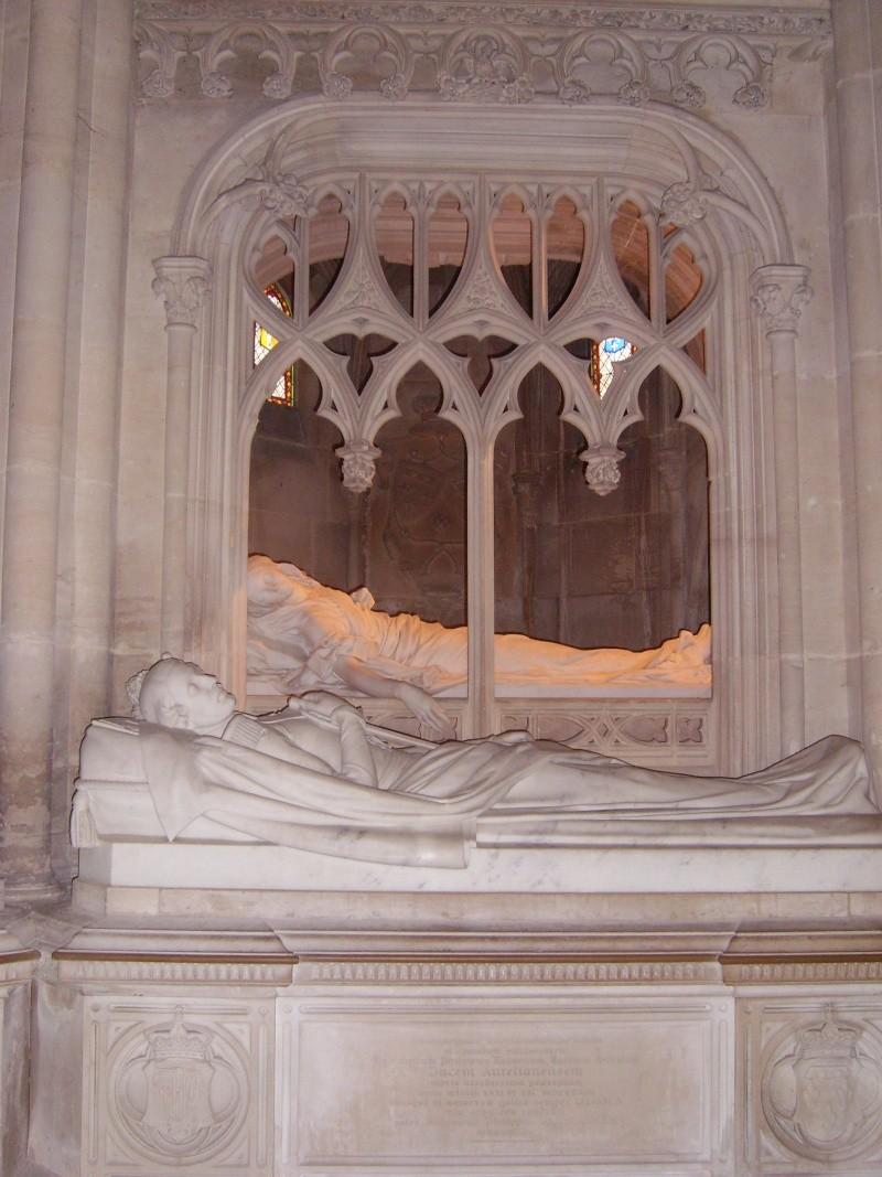 dreux - La Chapelle Royale de Dreux  Dreux_35