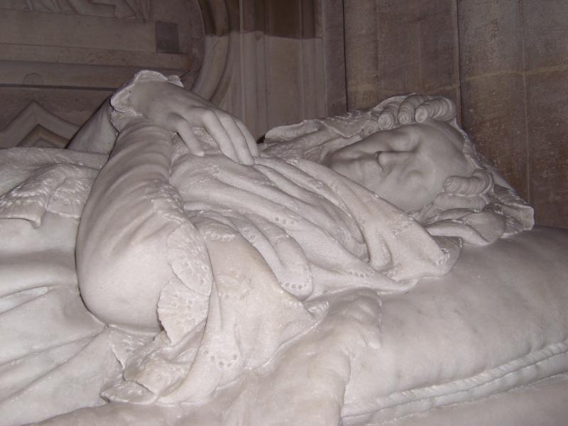 dreux - La Chapelle Royale de Dreux  Dreux_36