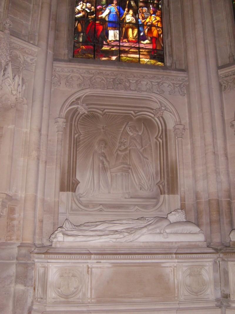 dreux - La Chapelle Royale de Dreux  Dreux_38