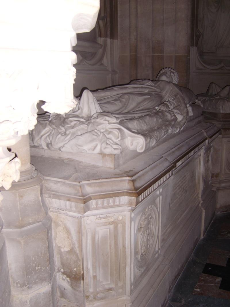 dreux - La Chapelle Royale de Dreux  Dreux_39