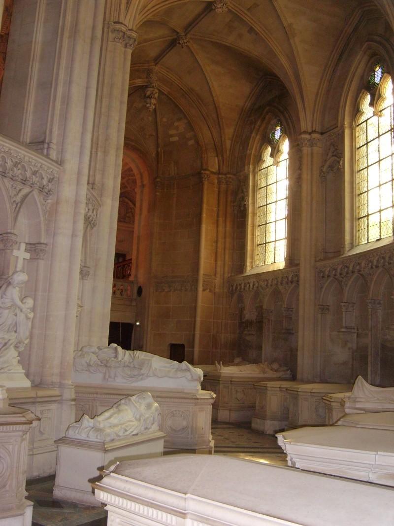 dreux - La Chapelle Royale de Dreux  Dreux_41