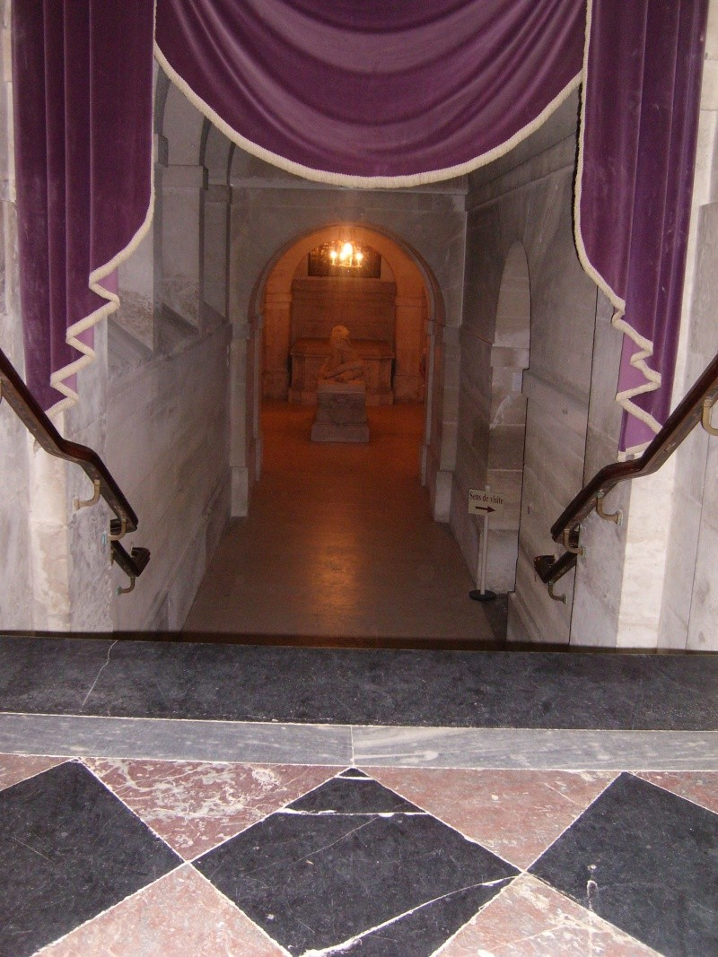 dreux - La Chapelle Royale de Dreux  Dreux_42