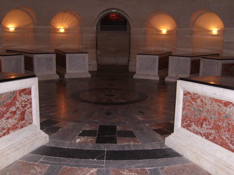 dreux - La Chapelle Royale de Dreux  Dreux_43
