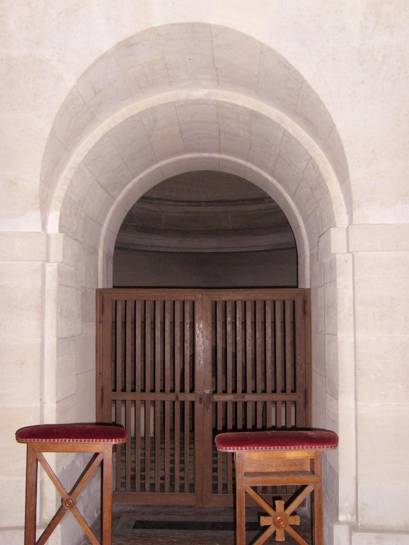 Chapelle royale de Dreux - Page 3 Dreux_44