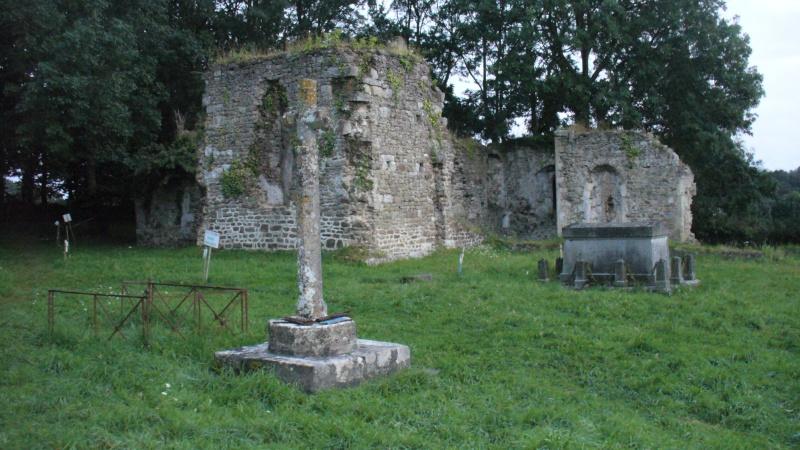 Monument WW2 - Lithaire ( Manche - Normandie ) P1080816