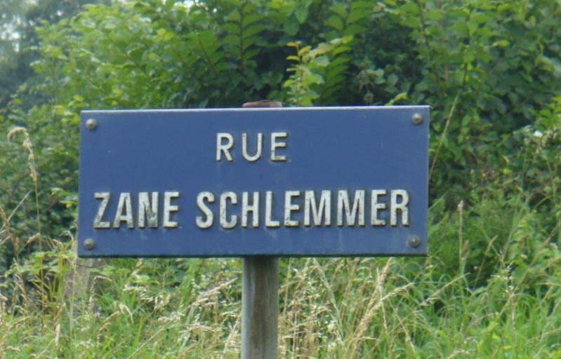 Monument WW2 - Picauville ( Normandie ) P1080817