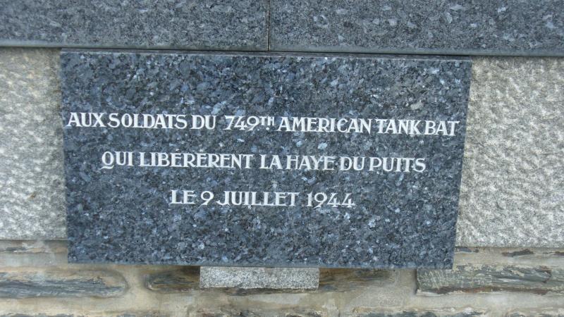 Monument WW2 - La Haye-du-Puits ( Manche - Normandie )  P1080913