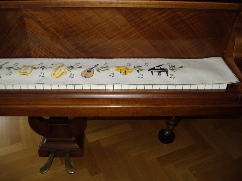 Couvre clavier du piano Eva_ro11