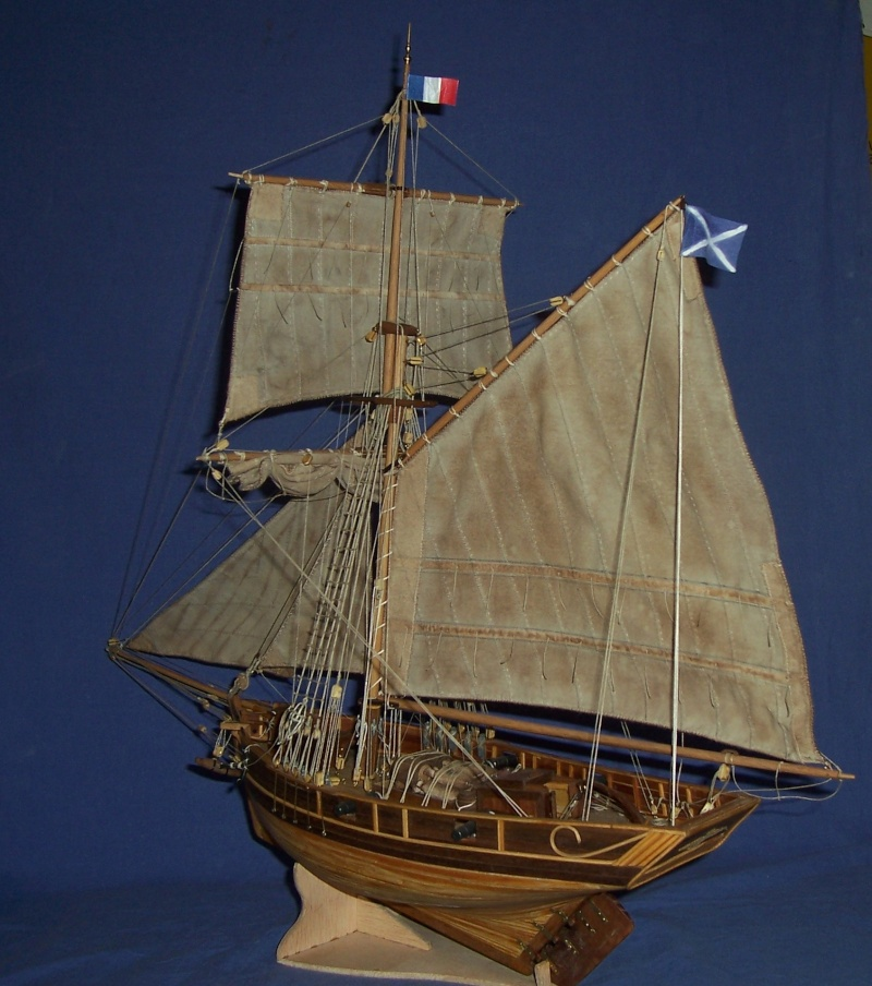 """""""Petit Cotre de  contrebande""""  1/35e  (ex. cotre Langoustier de Camaret ) 100_4580"""