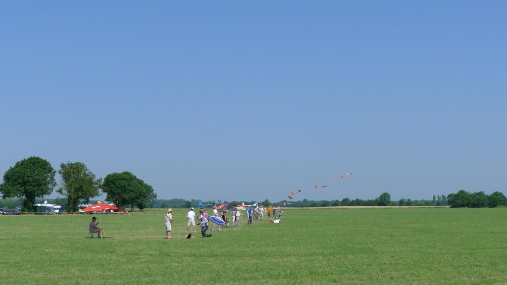 Loire Valley Trophy F5J FAI 6&7 juillet P1000012