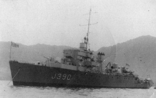 Divers : Algerine class minesweeper + PLAN et monument Hms_je10